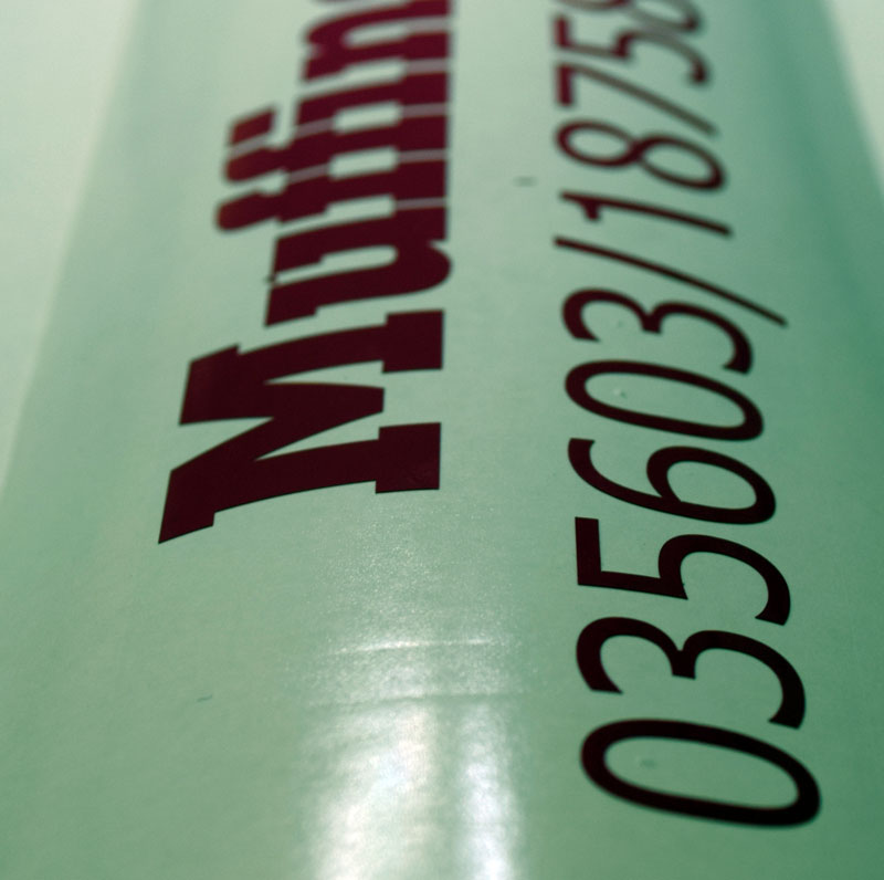 Folienaufkleber: Beschriftungen mit Klebefolien