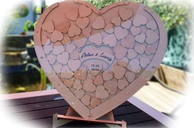 Gästebuch die alternative aus Holz-Acryl-Herzform