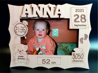 Bilderrahmen zur Geburt personalisiert online kaufen